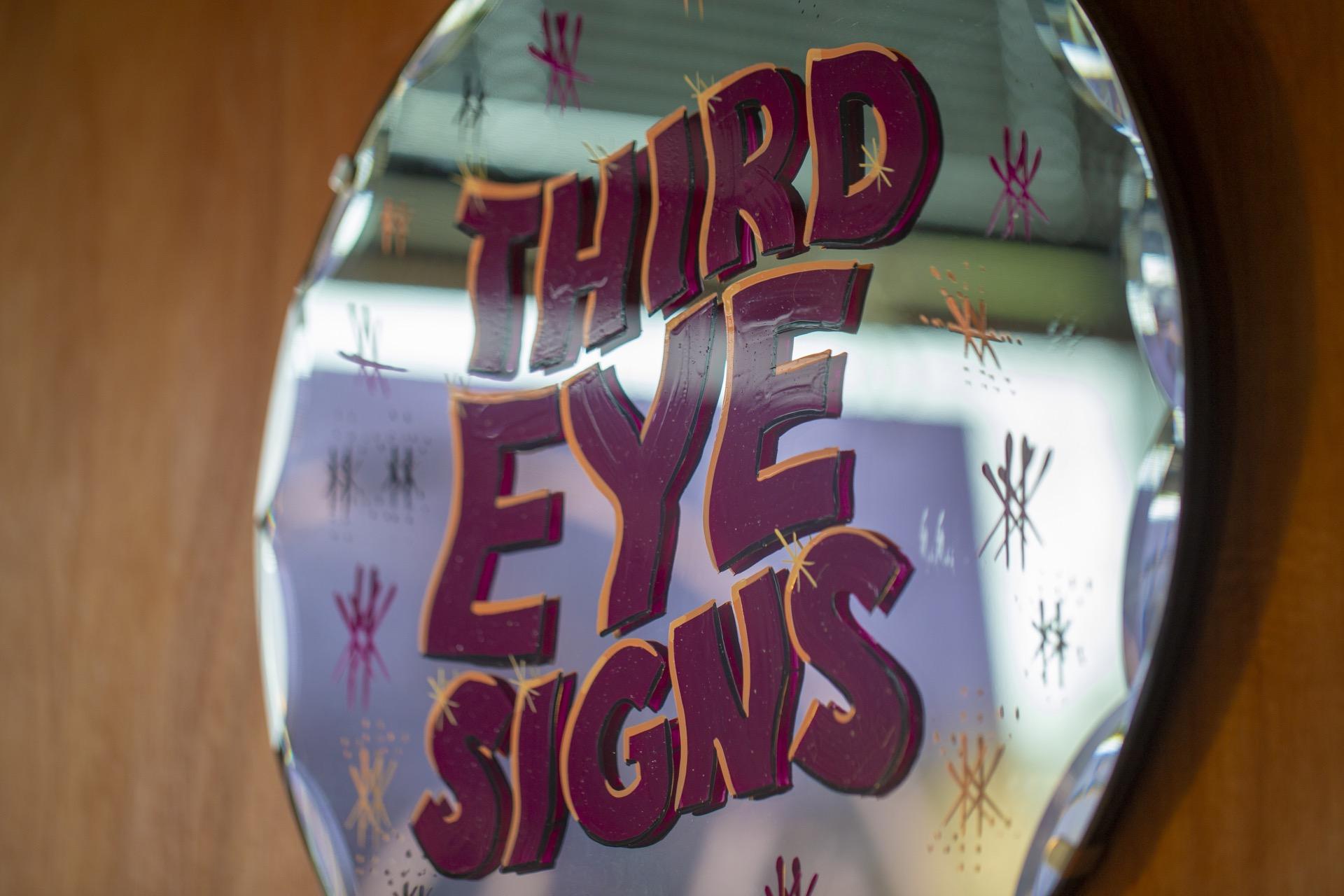Third Eye Signs at 164